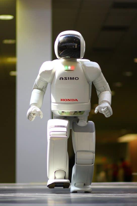ASIMO-robot-humanoide